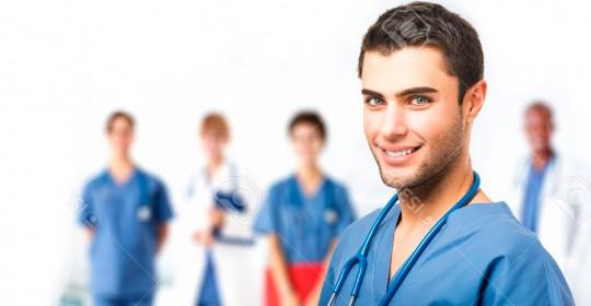 El estudiante de enfermería aprendiendo el arte de cuidar