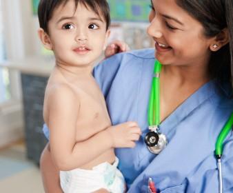 Explorando los límites de la práctica pediátrica: historias de enfermería.